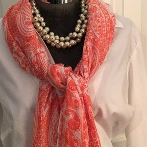 Banana Republic scarf/wrap